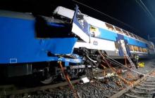 В Чехии столкнулись пассажирский и грузовой поезда – пострадали десятки людей