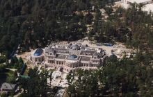 Журналисты показали нереально огромный дворец Ахметова под Киевом – видео