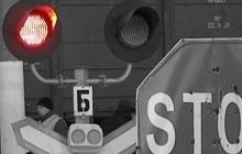 В России автобус с людьми влетел в поезд: много погибших, два выживших пассажира на грани – первые фото