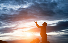 Ученые: Вера в дьявола и бога как способ избежать болезни - факты