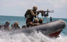 """Украинские морпехи """"отбили"""" атаки морского десанта противника и """"захватили"""" важные объекты, зрелищные кадры учений"""