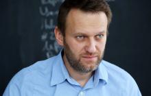 По просьбе Меркель за Навальным отправили самолет – врачи РФ внезапно поменяли решение