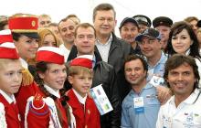 """СМИ: Янукович мог """"сглазить"""" Заворотнюк: появилось фото встречи актрисы и сбежавшего экс-президента"""