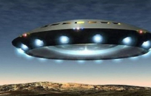 Громадный корабль пришельцев вышел из Черной дыры: жители Земли могут спастись только при одном условии - ученые