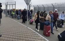 Украинцев, вернувшихся из-за рубежа, ждет обязательная обсервация: детали решения Кабмина