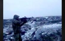"""Видео, как бойцы ООС проводят """"альтернативную экспертизу"""" бронежилета на Донбассе"""