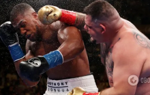 Джошуа сенсационно проиграл и получил тяжелый нокаут: видео падения британского супербоксера
