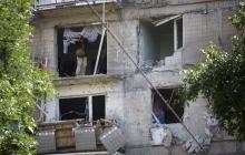 Сводка разрушений в Донецке: снаряды попали в жилые дома и детский сад