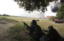 В Кении боевики атаковали базу ВМС США: над лагерем черный дым, бой идет уже несколько часов