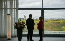 Меркель встретилась с Порошенко, несмотря на большое личное горе: это все, что нужно знать об авторитете президента Украины