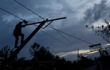 Свирепый ветер повредил крыши 40 домов: жертвами непогоды стали жители 143 городов и сел Украины