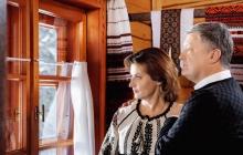 """Порошенко опубликовал фото с женой Мариной и покорил им соцсети: """"Потрясающе, так должна выглядеть каждая семья"""", - кадры"""