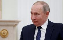"""""""Мертвые души"""" голосовали за """"обнуление"""" Путина: более 1000 фейковых паспортов прошли через """"референдум"""""""