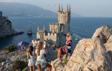 Жители Крыма осадили защитника Путина, переехавшего на полуостров из России