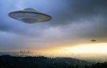 Странный НЛО в небе Вашингтона: очевидцы предоставили видео уникального явления