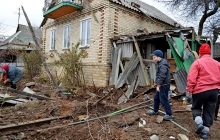 """Война на мирной земле: правозащитники опубликовали неожиданные кадры с обстрелянного вражеским """"Градом"""" Новолуганского"""