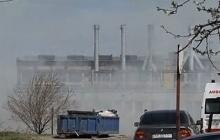 В Киеве горит речной порт. Охрана не пускает пожарных