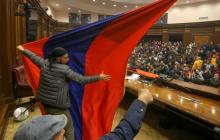 Захват парламента Армении в Ереване: протестующие покинули зал заседаний