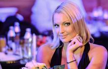 """""""Шпагаты у Вас выходят лучше"""", - Волочкова вывела из себя фанатов, показав страстный поцелуй с Джигурдой"""