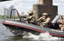 Спецназ КОРД провел высадку на берег Днепра: при десантировании показали новейший военный катер, фото