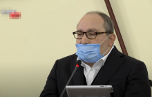 Кернес отказался платить надбавки врачам Харькова за борьбу с коронавирусом COVID-19