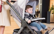 Детские аксессуары на лето: обзор прогулочных колясок и другие важные игрушки Chicco