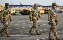 Войска США летят в Литву на фоне заявлений Лукашенко и протестов