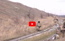 """""""Враг не дает нам отдыхать"""", - украинские артразведчики провели учения в зоне АТО на Луганщине - кадры"""