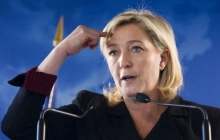 """Невменяемая """"подружка Путина"""": во Франции сторонницу Кремля Ле Пен направили к психиатрам"""