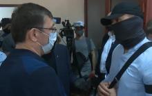 Дело Порошенко: во время суда Луценко выяснял отношения с сотрудником ГБР