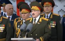 Парад Победы на 9 мая в Минске: Лукашенко демонстративно отказался от Георгиевской ленты, видео