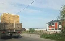 Коронавирус в Киеве: на въезде в столицу замечен грузовик с гробами, власти готовятся к худшему