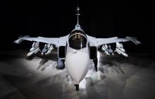 """Новый истребитель """"убийцу российских Су"""" презентовали в Швеции – впечатляющие кадры"""