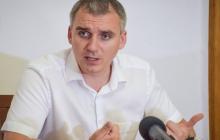 """Мэр Николаева Сенкевич на сессии показал депутатам """"вот это"""": разразился скандал"""