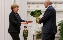 Лукашенко уверен в окончании протестов, а Меркель надеется, что РФ не введет войска в Беларусь