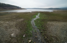 Крым без воды: в Сеть попали кадры опустошенного Симферопольского водохранилища