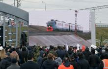 """Россия """"прокололась"""" с запуском поезда по Крымскому мосту: соцсети назвали, что осталось за кадром"""