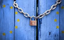 Европа выходит из карантина: какие ограничения снимают страны