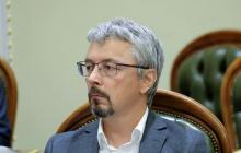 """Министр Ткаченко сделал признание о сюжете """"1+1"""" об """"убийстве"""" брата Порошенко"""