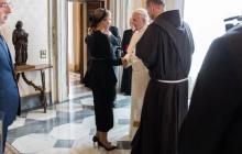 Елена Зеленская поразила социальные сети внешним видом на фото в Ватикане