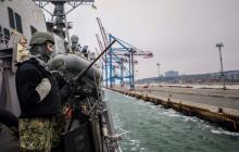 На юге Украины встретили корабль из США: НАТОвский корабль-истребитель Carney причалил в Одессе