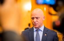 """Любящий """"ру***й мир"""" Труханов резко обеднел: суд принял жесткое решение в отношении мэра Одессы"""