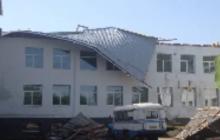 В Сумской области ветром сорвало крышу школы: ведется расследование