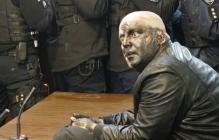 """В Хмельницком блогера-сепаратиста Сороченко, избившего ветерана АТО, """"проучили"""" краской и газом под судом"""