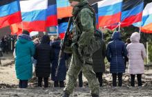 """В """"ЛНР"""" жители устроили бунт из-за карантина: """"Нам не на что жить, отмените самоизоляцию"""", - кадры"""