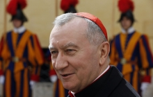 """""""Я прибыл, чтобы помочь тем, что много потерял в этой войне"""": Львов посетил госсекретарь Святого Престола"""