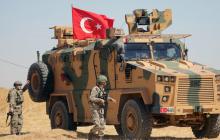Российская авиация нанесла бомбовый удар  рядом с колонной турецкой армии из 70 машин, видео