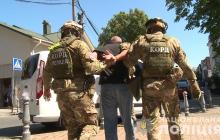 В Виннице криминальные авторитеты угрожали посетителям кафе оружием – вмешался КОРД