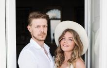 Старший сын Ефремова Никита бросил отца в тяжелой ситуации, уехав с девушкой на отдых
