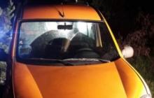 Под Житомиром мужчина зарезал прямо в машине дочь и совершил суцид: стало известно о предсмертной записке
